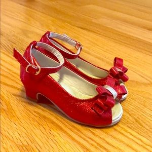 GIRLS size 9 Joyfolie red shoes